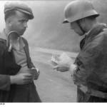 Un posto di controllo tedesco nei pressi di Milano, 1944
